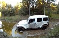 4×4 Offroad Jeep Wrangler (HD)